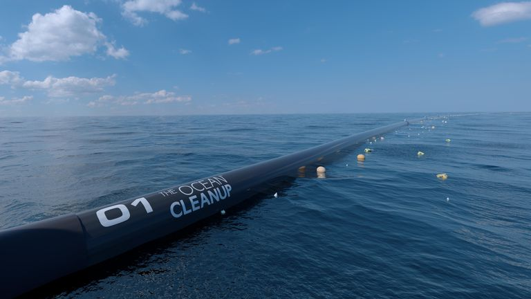 A Giant Floating Tube Is Headed To Clean the Ocean's Great Garbage Patch